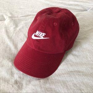 Maroon Nike Hat✨